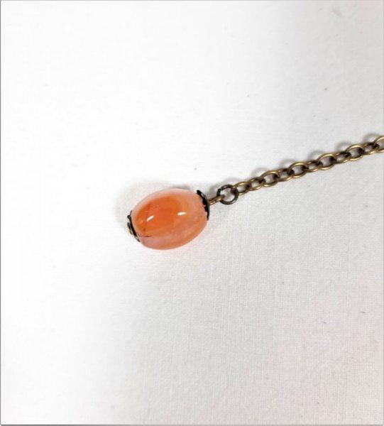 Bijou de sac ou porte-clés agneau coloris orange