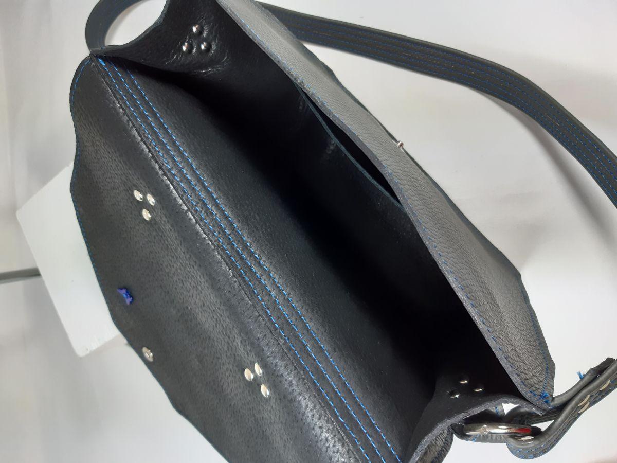 Sac bandoulière cuir vachette,fabrication artisanale coloris gris
