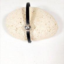 Bracelet cuir vachette noir fermoir magnétique balle de tennis