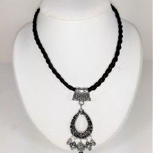 Collier cuir tressé et pendentif métal argent vieilli, cadeau Fête des Mères.